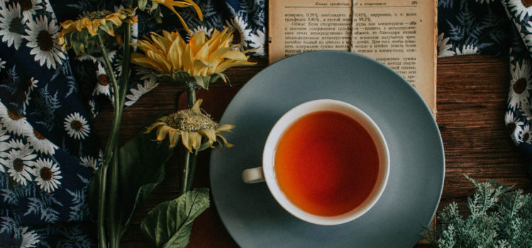 Earl Grey tea with Australian author Fiona McArthur